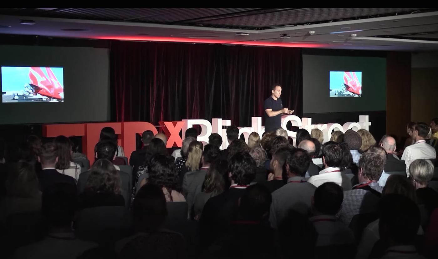 Sobre cómo el IoT masivo resuelve la Ecuación de la Sostenibilidad Intrínseca: una charla TEDx de Loïc Barancourt, CEO de Thinxtra